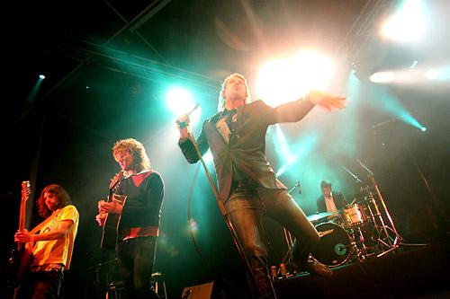 2005-07-30 - Deportees performs at Storsjöyran, Östersund