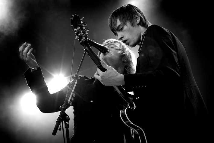 2007-07-12 - Mando Diao performs at Arvikafestivalen, Arvika