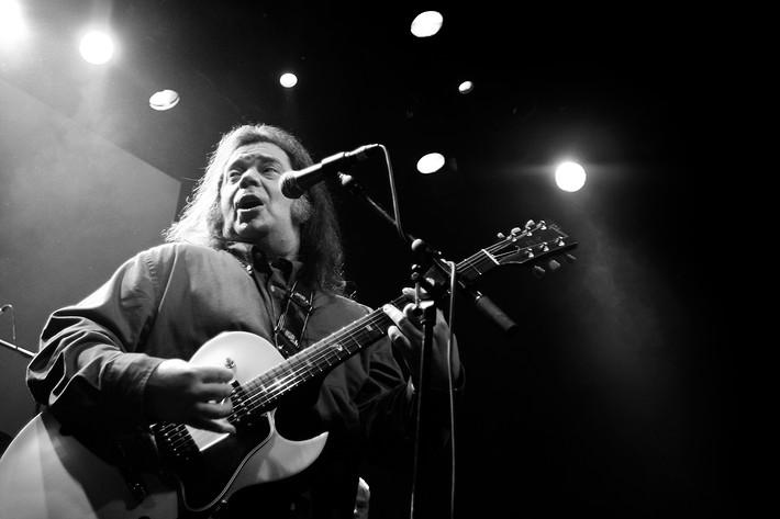 2007-12-21 - Roky Erickson spelar på Trädgår'n, Göteborg