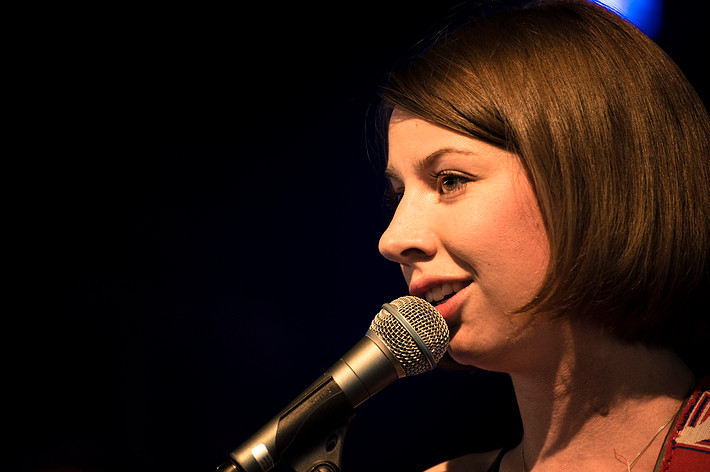 2008-07-03 - Britta Persson spelar på Arvikafestivalen, Arvika