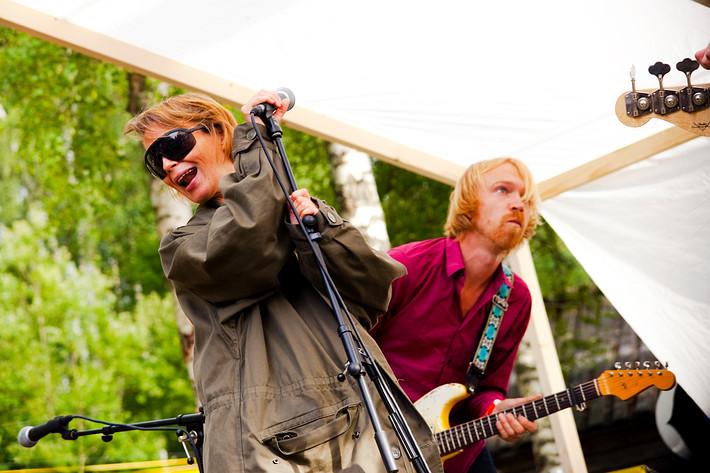 2009-07-24 - Anna Järvinen performs at Skankaloss, Gagnef