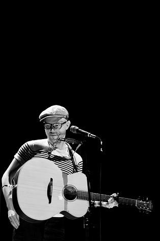 2009-07-31 - Tomas Andersson Wij performs at Storsjöyran, Östersund