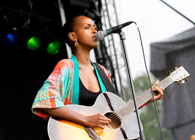 2010-07-30 - Asha Ali spelar på Kaos, Mellerud