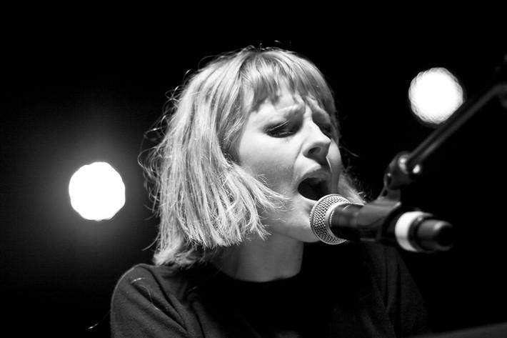 2011-07-16 - Edda Magnasson spelar på Hultsfredsfestivalen, Hultsfred