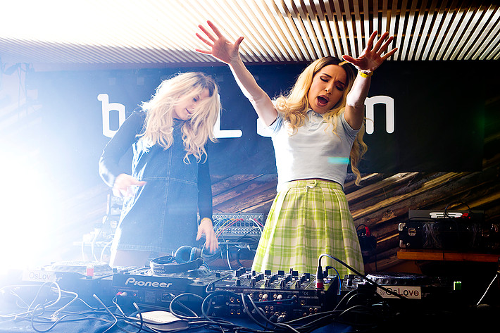 2012-02-18 - Rebecca & Fiona performs at ByLarm, Oslo