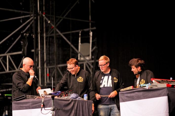2012-07-07 - Slagsmålsklubben spelar på Putte i Parken, Karlstad