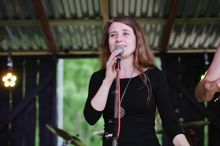 2013-06-01 - Alla Fagra performs at Röstångafestivalen, Röstånga