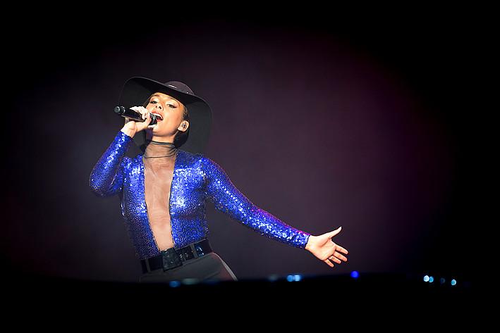 2013-08-10 - Alicia Keys spelar på Way Out West, Göteborg
