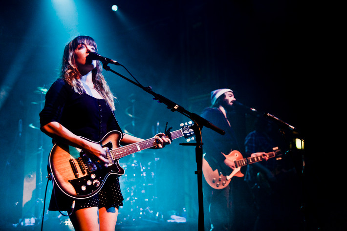 2014-11-16 - Angus & Julia Stone performs at Berns, Stockholm
