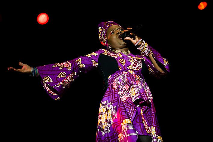 2015-08-15 - Angélique Kidjo spelar på Malmöfestivalen, Malmö