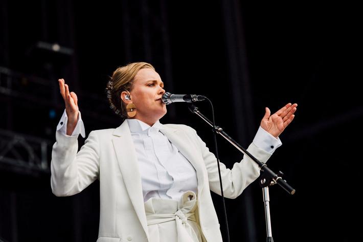 2017-06-29 - Ane Brun performs at Bråvalla, Norrköping