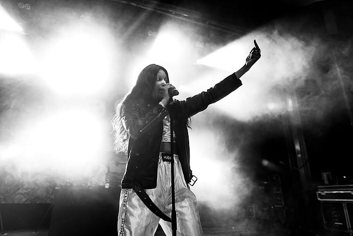 2017-07-08 - Joy spelar på Peace & Love, Borlänge