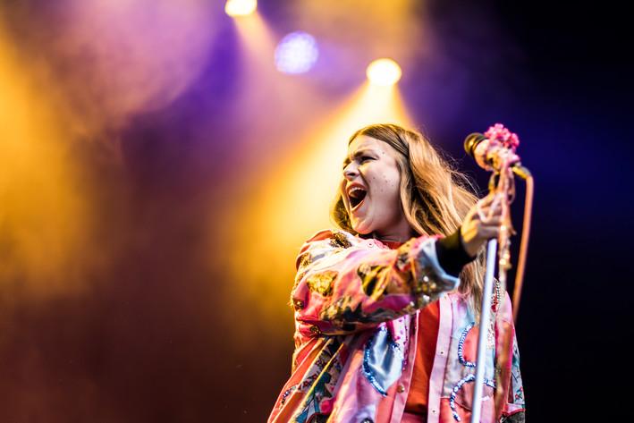 2017-07-21 - Linnea Henriksson spelar på Trästockfestivalen, Skellefteå