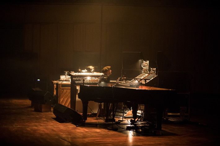 2018-02-13 - Nils Frahm spelar på Berwaldhallen , Stockholm