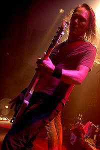 2005-06-02 - Mustasch spelar på Mondo, Stockholm