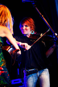 2009-06-27 - Abalone Dots performs at Peace & Love, Borlänge