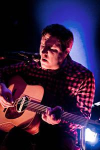 2009-11-19 - Damien Jurado spelar på Debaser Medis, Stockholm