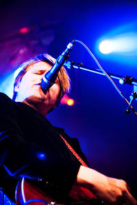 2010-04-17 - Markus Krunegård performs at Valhall, Skövde