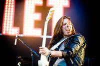 2011-06-29 - Bullet spelar på Peace & Love, Borlänge
