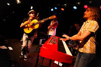 2011-07-28 - Los Horribles spelar på Storsjöyran, Östersund