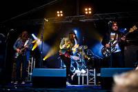 2011-07-30 - All Electric spelar på Storsjöyran, Östersund
