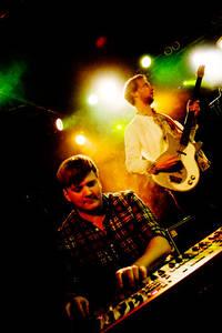 2011-10-08 - Parker Lewis spelar på Debaser Hornstulls Strand, Stockholm