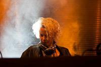2012-05-25 - Hannah Holland spelar på Dans Dakar, Stockholm