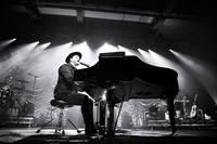 2017-04-19 - Gavin DeGraw performs at Annexet, Stockholm